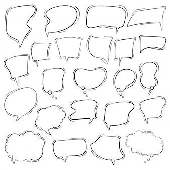 Set van bubble speech in hand getrokken stijl