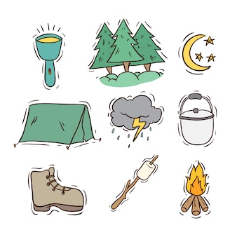 Set van camping pictogrammen of elementen met gekleurde doodle stijl