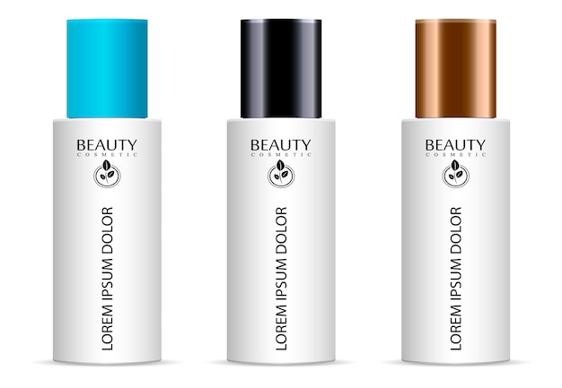 Set van cosmetische producten op een witte achtergrond.