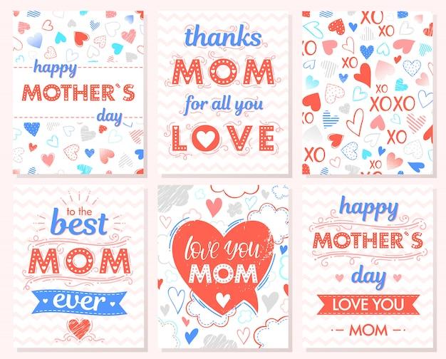 Set van creatieve moeders dagkaarten. hand getrokken belettering met harten, wolken, zig zag achtergrond, knuffels en kusjes, linten.