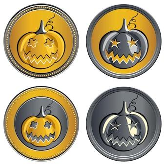 Set van gouden en zilveren munten op een halloween-pompoen met de afbeelding