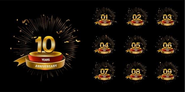 Set van gouden jubileum logo vector viering ontwerp met ring en lint