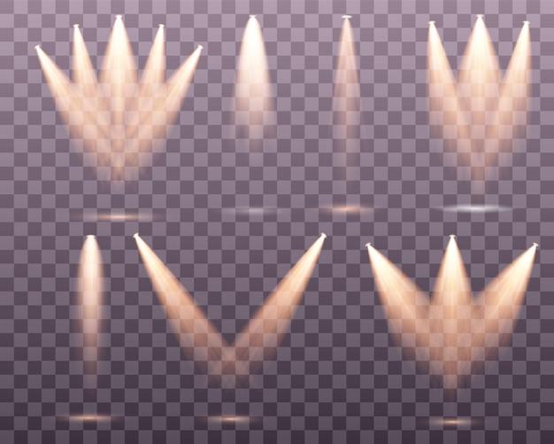 Set van gouden spotlight geïsoleerd.