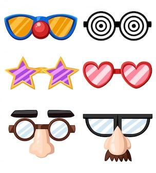 Set van grappige glazen maskers ster hart neus clown snor illustratie op witte achtergrond webpagina en mobiele app Premium Vector