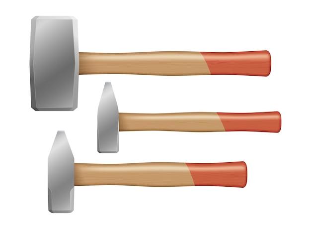 Set van hamers met houten handvatten geïsoleerd op een witte achtergrond. reparatie, aannemer en monteur werknemers apparatuur collectie. realistische vectorillustratie