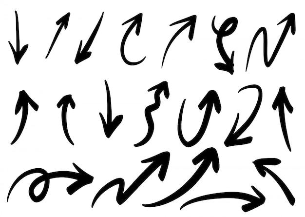 Set van hand getrokken vector pijlen doodle