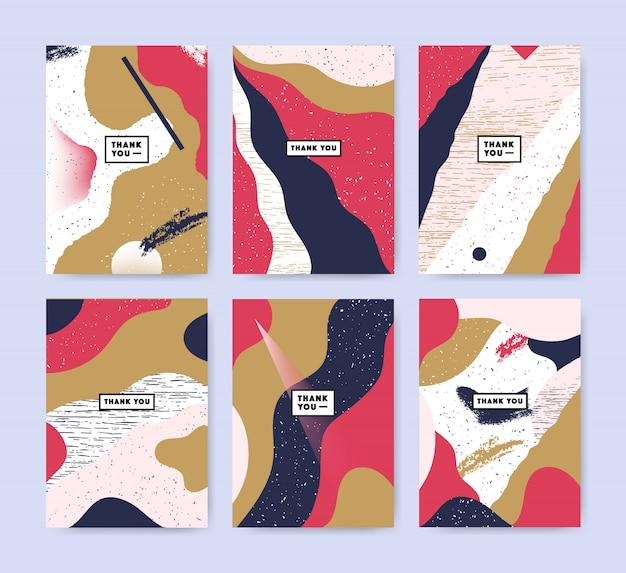 Set van kleurrijke kaarten met tekst dank u. collectie van abstracte achtergronden met inscriptie.