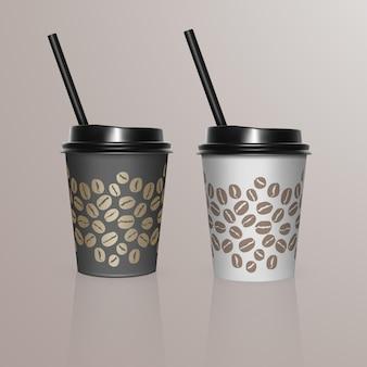 Set van koffiekopjes - zwart-wit kartonnen koffiekopjes. wegwerp plastic en papieren serviesjabloon voor warme dranken,