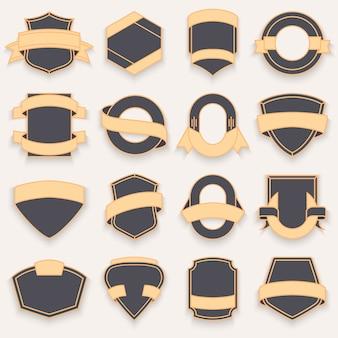 Set van lege lege donkere schilden. shield-badge vormen.