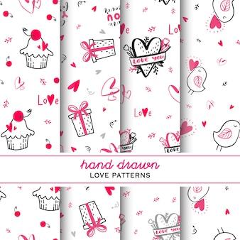 Set van liefde hand getrokken doodle patroon.