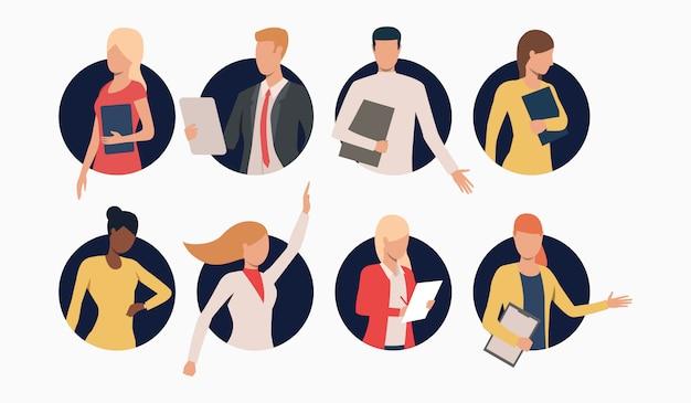 Set van mensen uit het bedrijfsleven met klemborden