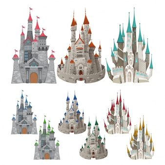 Set van middeleeuwse kastelen in verschillende kleuren cartoon en vector geïsoleerde objecten