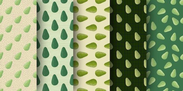 Set van naadloze patroon met biologische doodle avocado's.