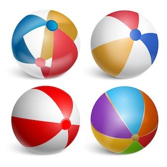 Set van opblaasbare strandballen.