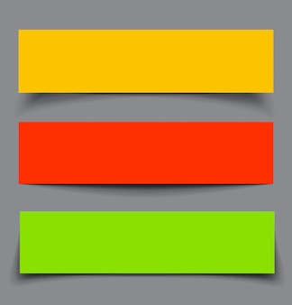 Set van papier kleurrijke banners met schaduwen