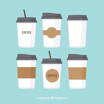 Set van plastic koffie kopjes