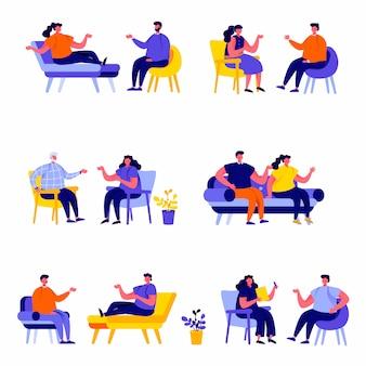 Set van platte mensen getrouwde paren zittend op stoelen of liggend op sofa tekens