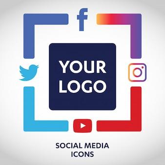 Set van populairste sociale media iconen, twitter, youtube, whatsapp, snapchat, facebook, instagram, logo's op papier afgedrukt