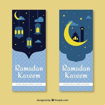 Set van ramadan banners met moskee en lampen