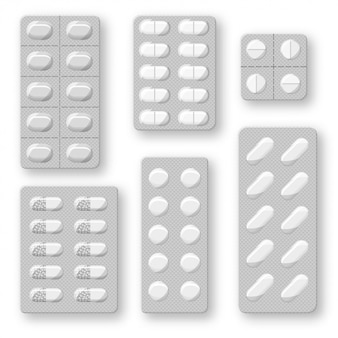 Set van realistische pillen blaren met tabletten en capsules. plastic pakket met medicijnen. geïsoleerd op een witte achtergrond.