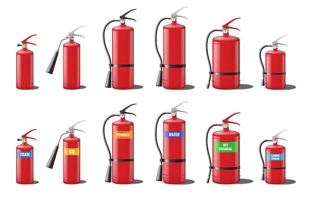 Set van realistische rode brandblussers geïsoleerd