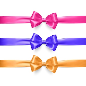 Set van realistische roze, paars en oranje lint en strikken