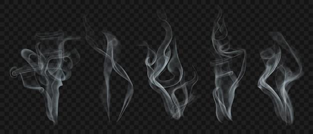 Set van realistische transparante rook of stoom in witte en grijze kleuren, voor gebruik op donkere achtergrond