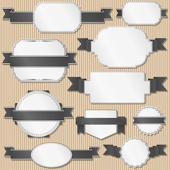 Set van retro labels met linten
