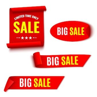 Set van rode verkoop banners. linten en sticker. papier schuift. illustratie.