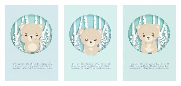 Set van schattige dieren kaarten met teddybeer in papier gesneden stijl.