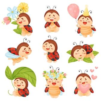 Set van schattige lieveheersbeestjes met bloemen en ballon