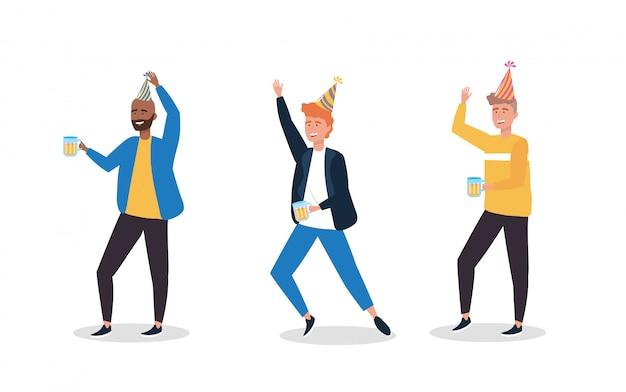 Set van schattige mannen dansen met feestmuts