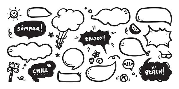 Set van schattige tekstballon met tekst in doodle stijl