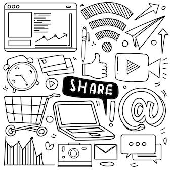 Set van sociale media pictogram in doodle stijl geïsoleerd op een witte achtergrond, vector hand getrokken set sociale media thema. vector illustratie