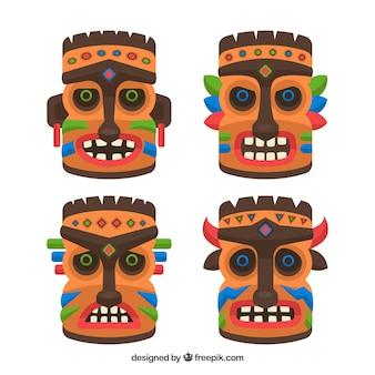 Set van traditionele polynesische maskers