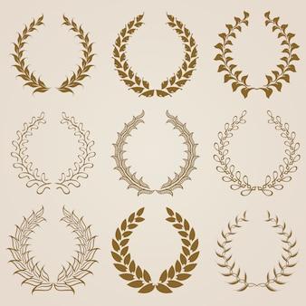 Set van vector gouden lauwerkransen.