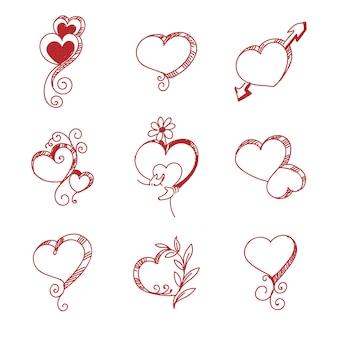 Set van verschillende rode harten schets decorontwerp
