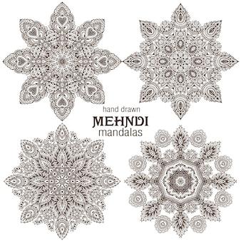 Set van vier abstracte ronde mandala's met kantontwerp, decoratieve elementen. mehndi-stijl, traditioneel oosters ornament.