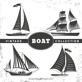 Set van vier boten in retro stijl