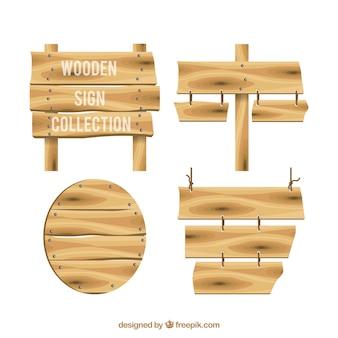 Set van vier houten borden
