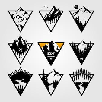 Set van vintage berg driehoek logo weergave landschap buiten avontuur