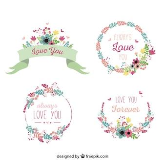 Set van vintage bloemenkransen met romantische berichten