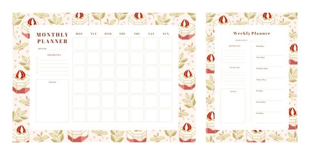 Set van wekelijkse planner, maandelijkse planner, schoolplanner-sjablonen met handgetekende cake, bloemen en aardbei-elementen