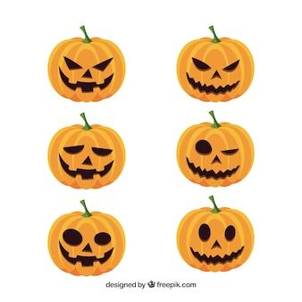 Set van zes halloween pompoenen