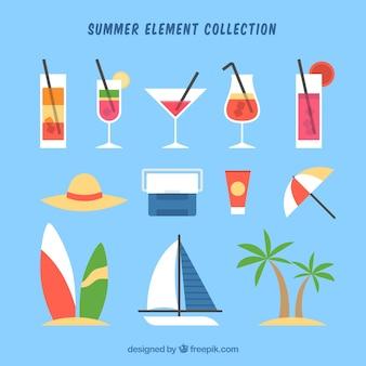 Set van zomer elementen met voedsel en kleding in vlakke stijl
