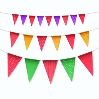 Set veelkleurige buntings slingers vlaggen op witte achtergrond
