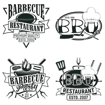 Set vintage barbecue restaurant logo ontwerpen, grange print stempels, creatieve grill bar typografie emblemen,