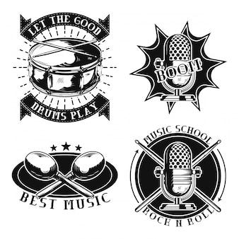 Set vintage muzikale emblemen, badges, logo's. geïsoleerd op wit.