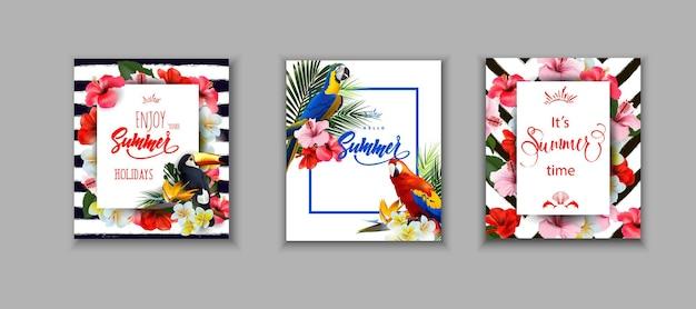 Set zomerkaarten covers zomervakantie achtergronden toekan en kleurrijke tropische papegaaien