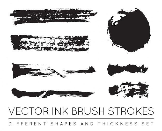 Set zwarte pen inkt penseelstreken. grunge inkt penseelstreek. vuile penseelstreek.